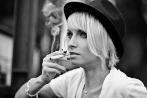 Blanche séance photo fumeuse photographe de rouen ludivine fleury