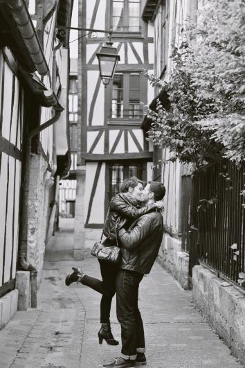 Chloé et Alexandre séance engagement rouen photographe de mariage ludivine fleury
